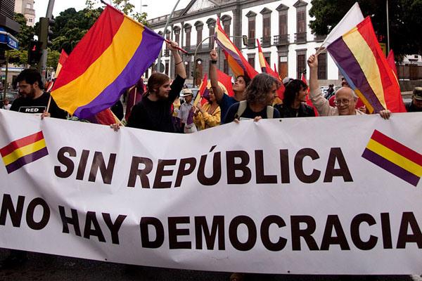 Por más democracia